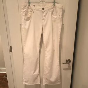 GAP bootcut white denim jeans